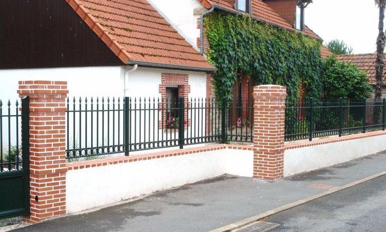 portails et cl tures portail pvc ou portail alu portes de garage automatismes portes fen tres